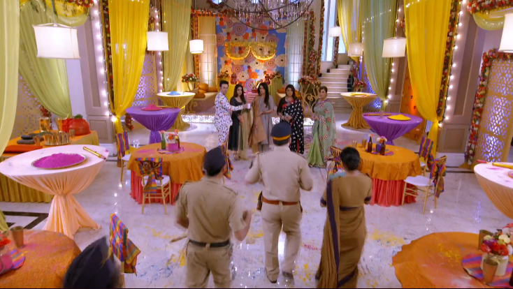Kundali Bhagya 9th April 2021 Written Update: Police in Luthra House