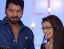 Kumkum Bhagya Spoiler: Abhi to bring Pragya and Prachi to Mehra House