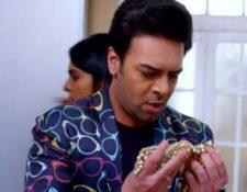 Mehendi Hai Rachne Wali 31st May 2021 Written Update: Raghav finds the necklace